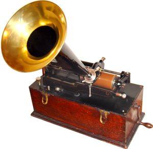 Edison wax cylinder phonograph c. 1899